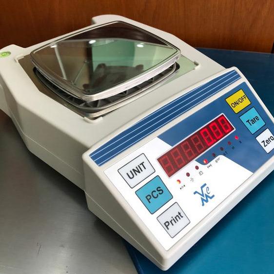 Cân phân tích VMC-FRH600 - 1276
